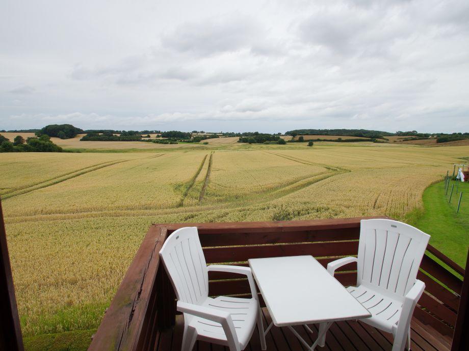 Ausblick vom  Balkon ins Hinterland