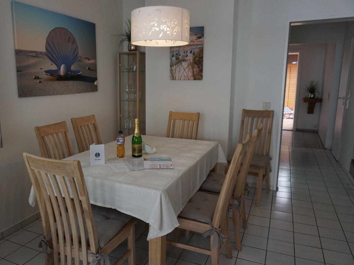 Ferienhaus krauss gisela carolinensiel familie krauss for Esstisch wohnzimmer