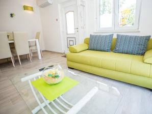 Ferienwohnung Villa Birikin A4