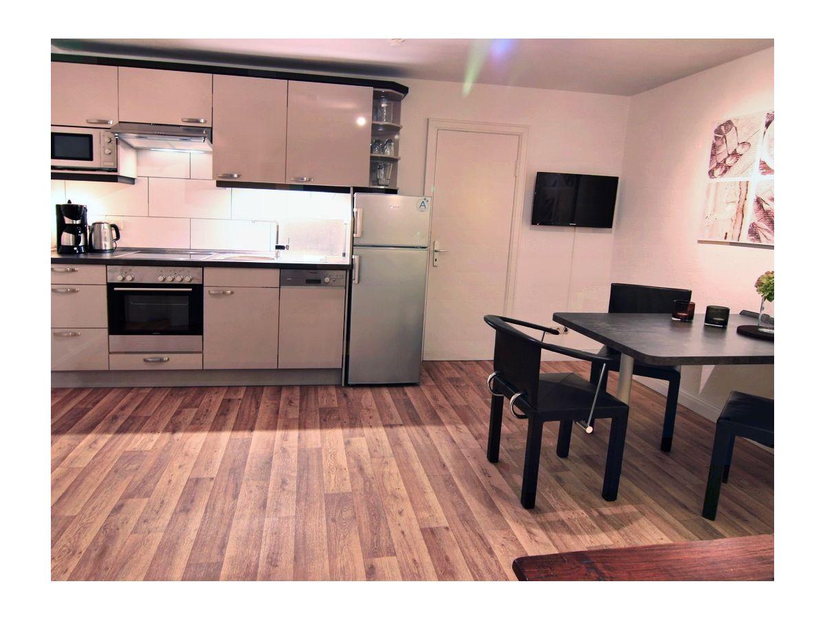 ferienwohnung hofblick ostsee schlei firma sch nhagen service und verwaltung ug frau. Black Bedroom Furniture Sets. Home Design Ideas