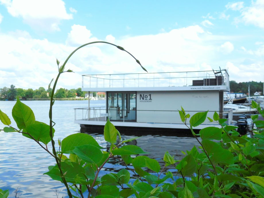 Außenaufnahme Houseboat No. 1
