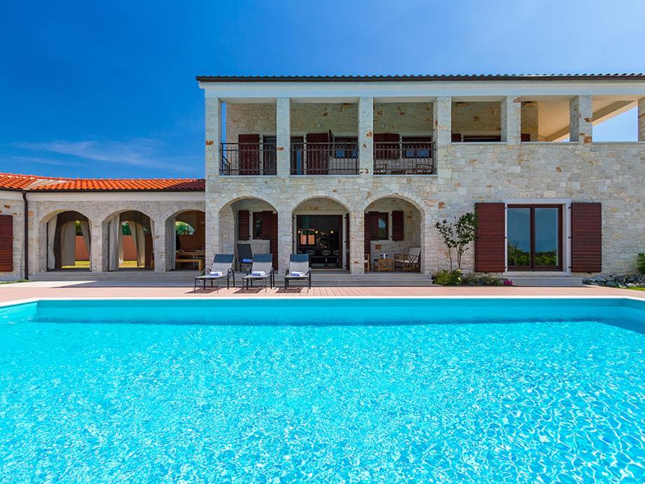 Villa Dubravka mit Pool