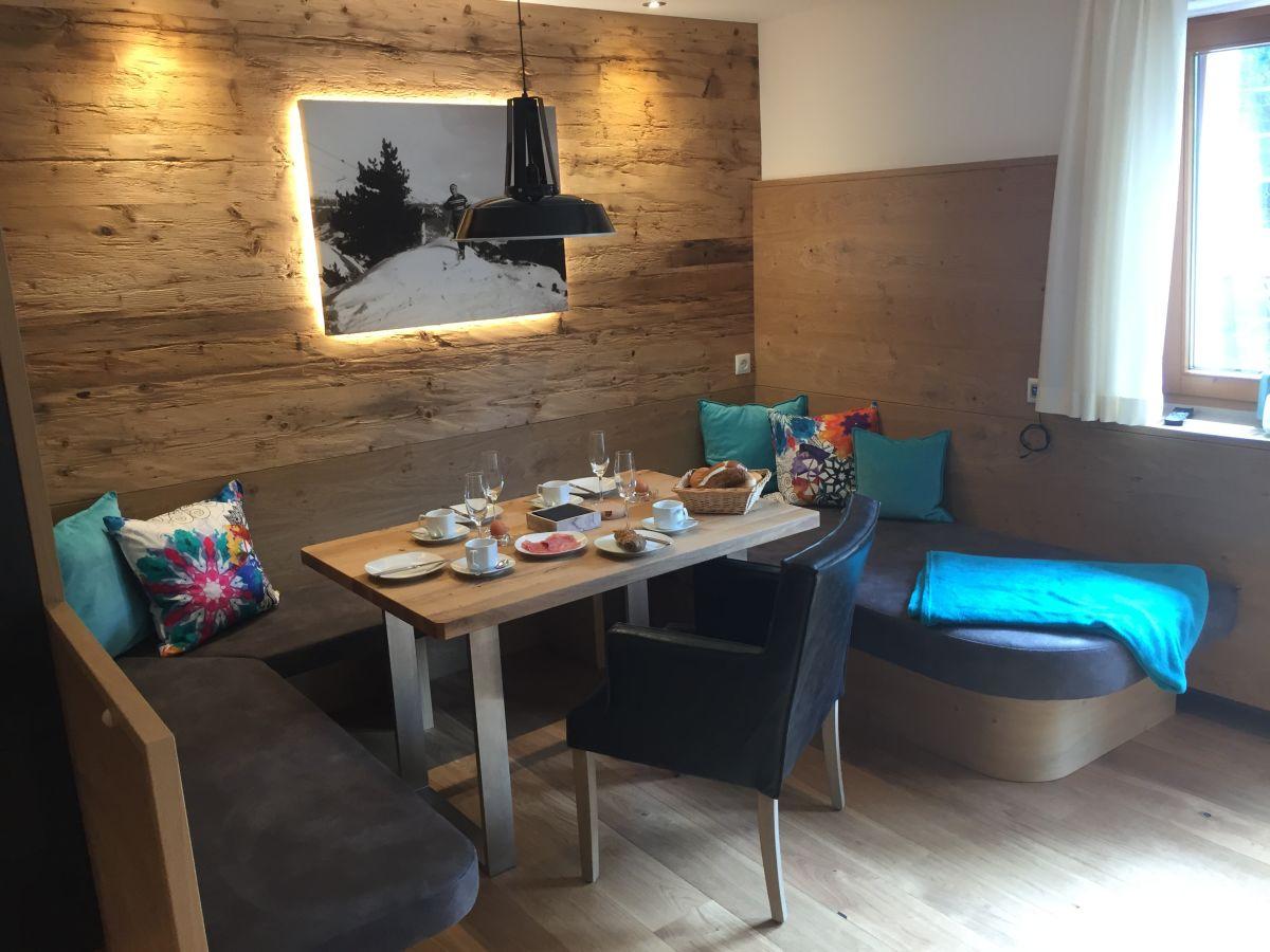 apartment hochf gen ersten ferienregion im zillertal firma appartements schweiberer frau. Black Bedroom Furniture Sets. Home Design Ideas