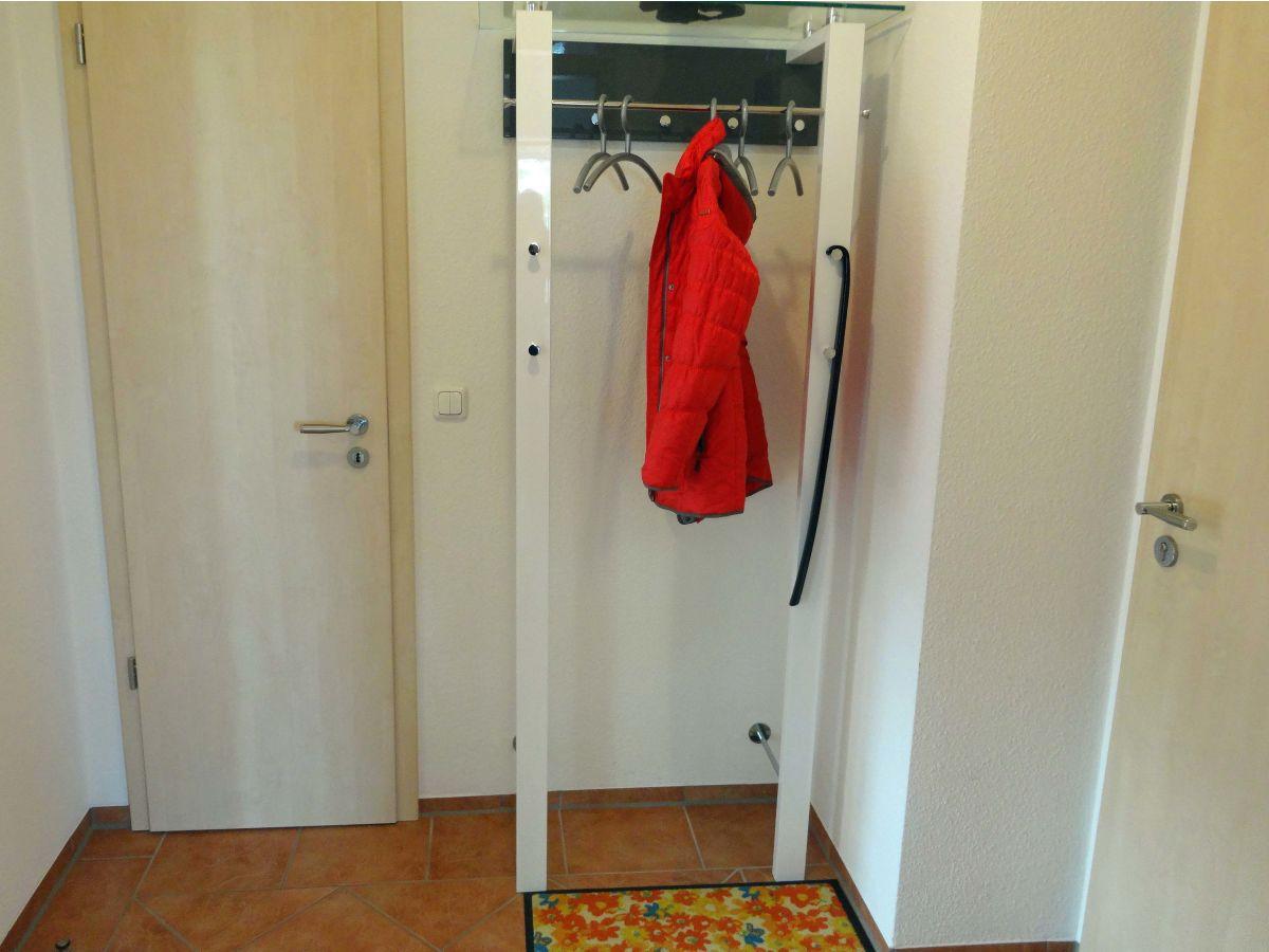 Ferienwohnung meeresbrise 5 nordwestmecklenburg for Diele garderobe