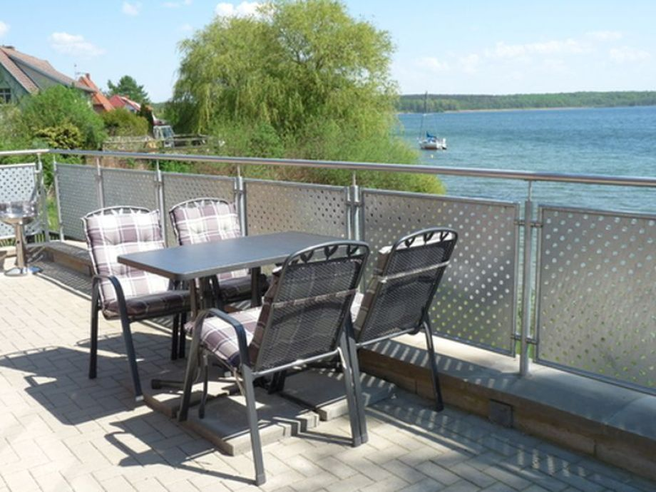 Terrasse am See