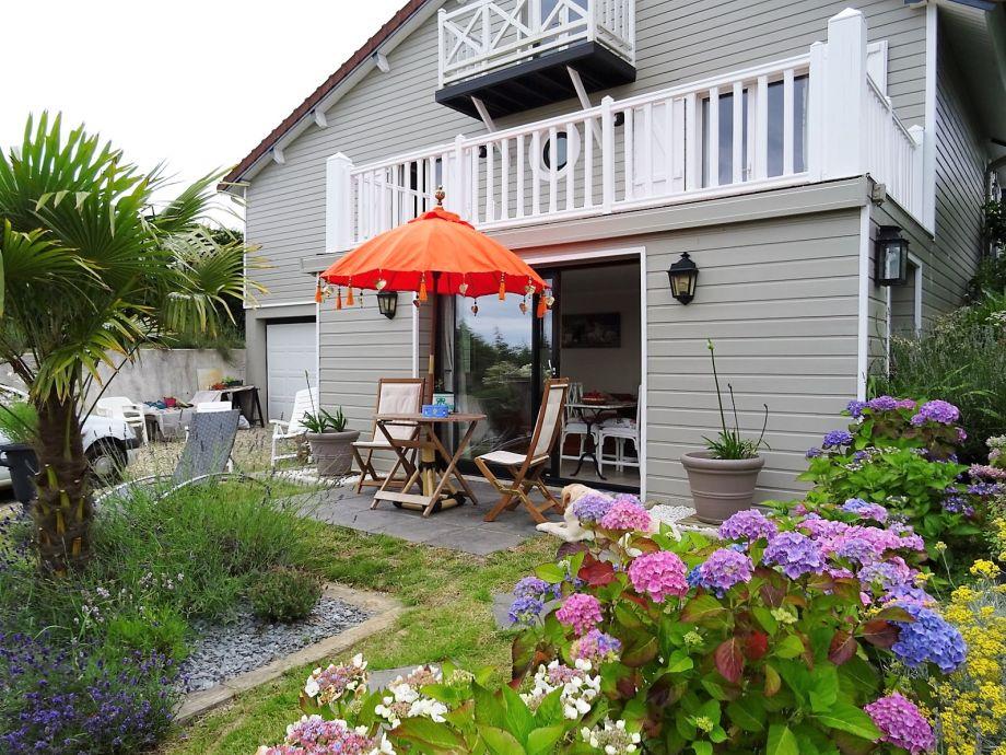 Die Terrasse und Garten