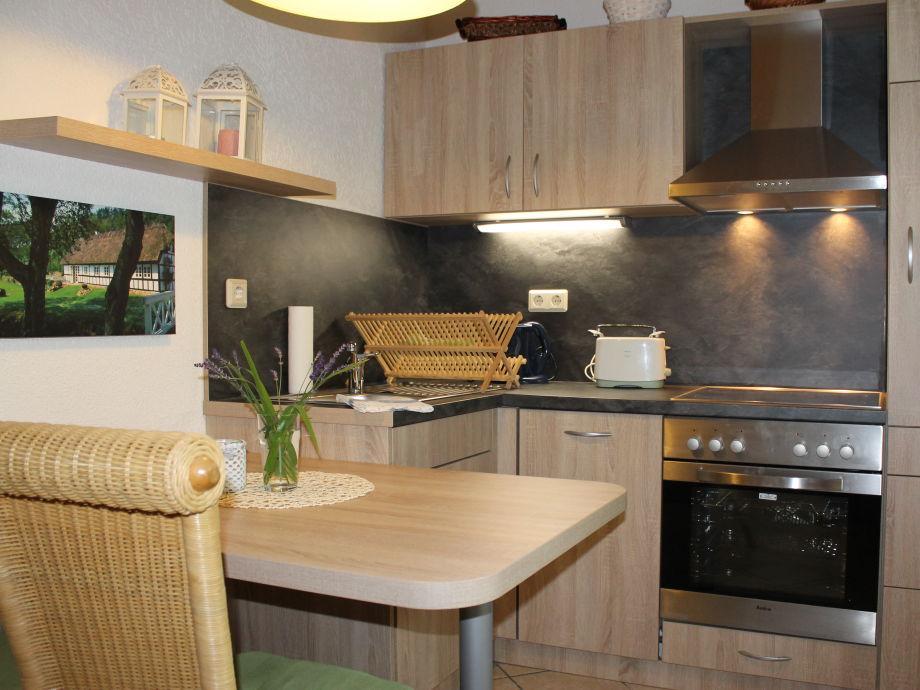 moderne und komfortable ferienwohnung im fachwerkhaus f 474 ostsee rostock firma tourismus. Black Bedroom Furniture Sets. Home Design Ideas