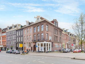 601 4p Jordaan Luxury holiday apartment