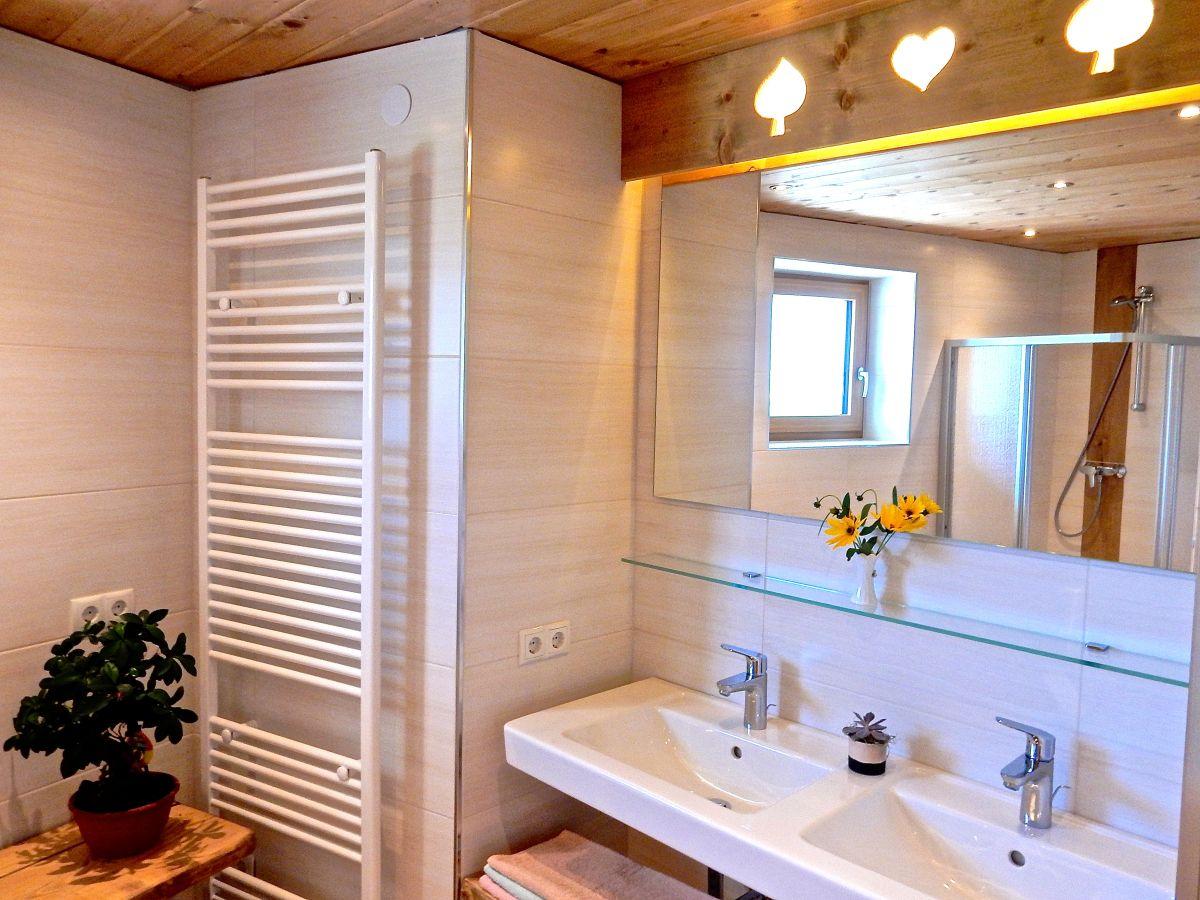 apartment alpina deluxe sautens firma ferienhaus alpina frau bettina obex. Black Bedroom Furniture Sets. Home Design Ideas
