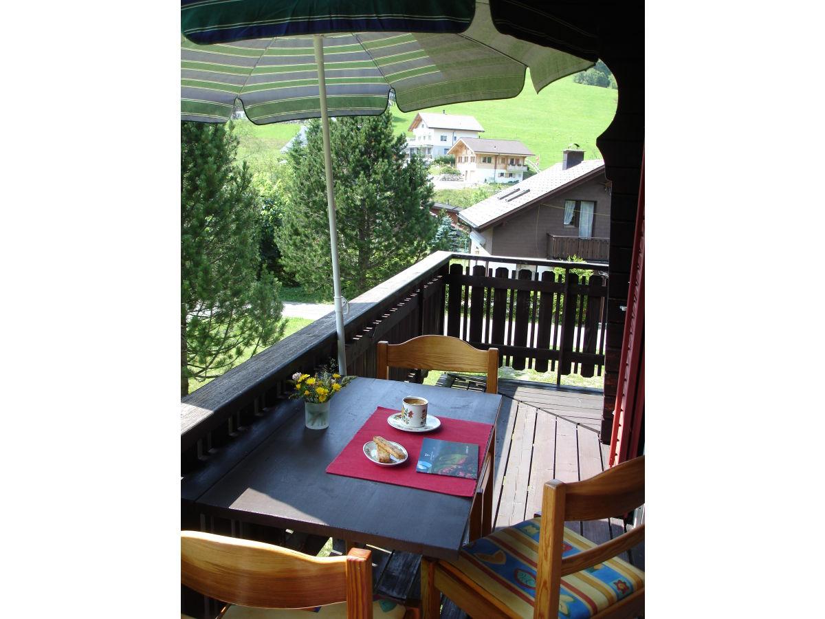 chalet brunni zentralschweiz einsiedeln frau monika stadler. Black Bedroom Furniture Sets. Home Design Ideas