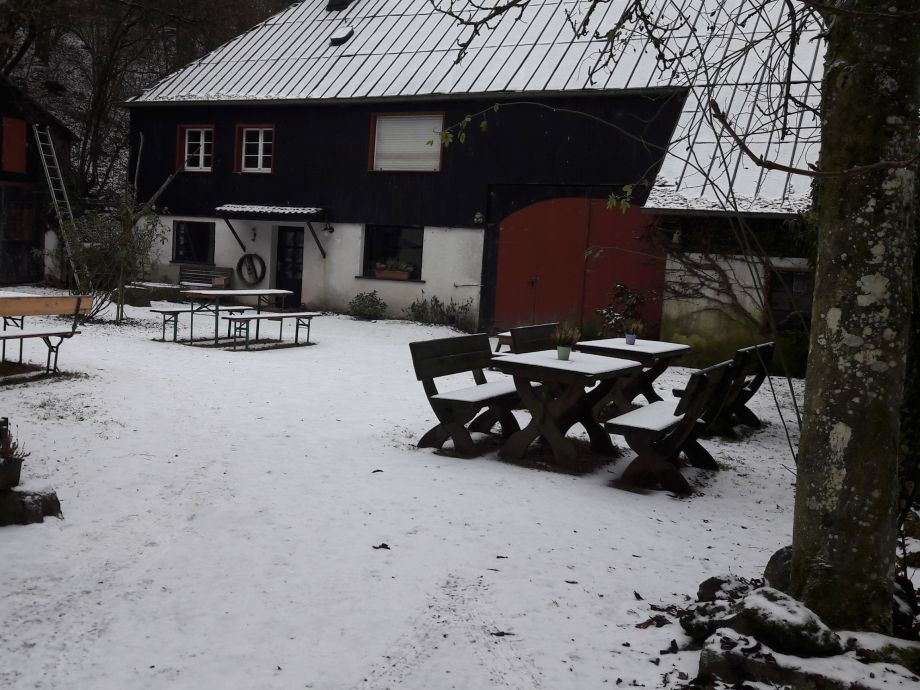 Frontansicht Haupthaus Winter
