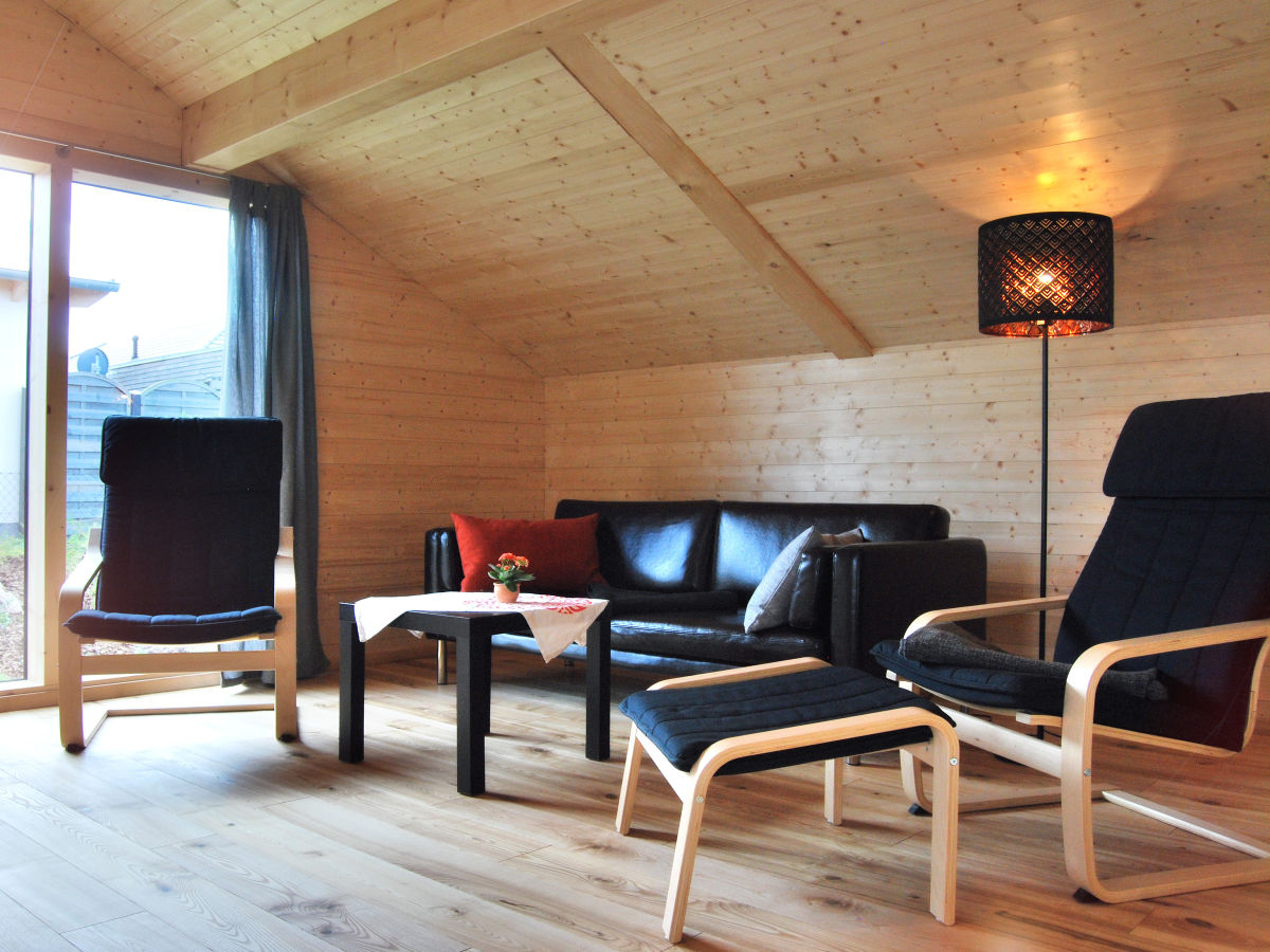 d nisches holzferienhaus 500m zum ostseestrand. Black Bedroom Furniture Sets. Home Design Ideas