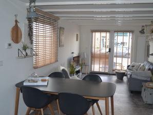 Ferienhaus Glücklich am Meer für 4 bis 5 Personen