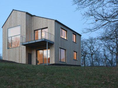 Modernes Holzhaus in der Vulkaneifel