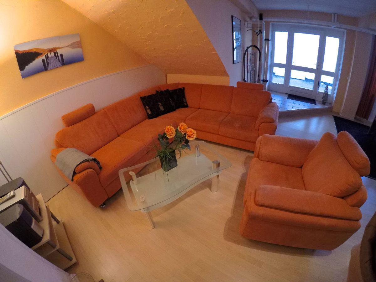 ferienwohnung schwanennest ostsee warnem nde firma haus shiralee das ferienhaus warnem nde. Black Bedroom Furniture Sets. Home Design Ideas