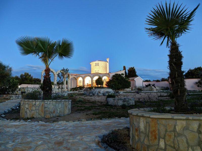 Villa mit Turm-Studio - nur 100 m zum Strand