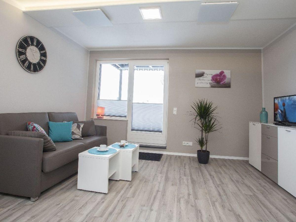 apartment komfort 2 personen im ferienpark winterberg winterberg hochsauerland firma. Black Bedroom Furniture Sets. Home Design Ideas