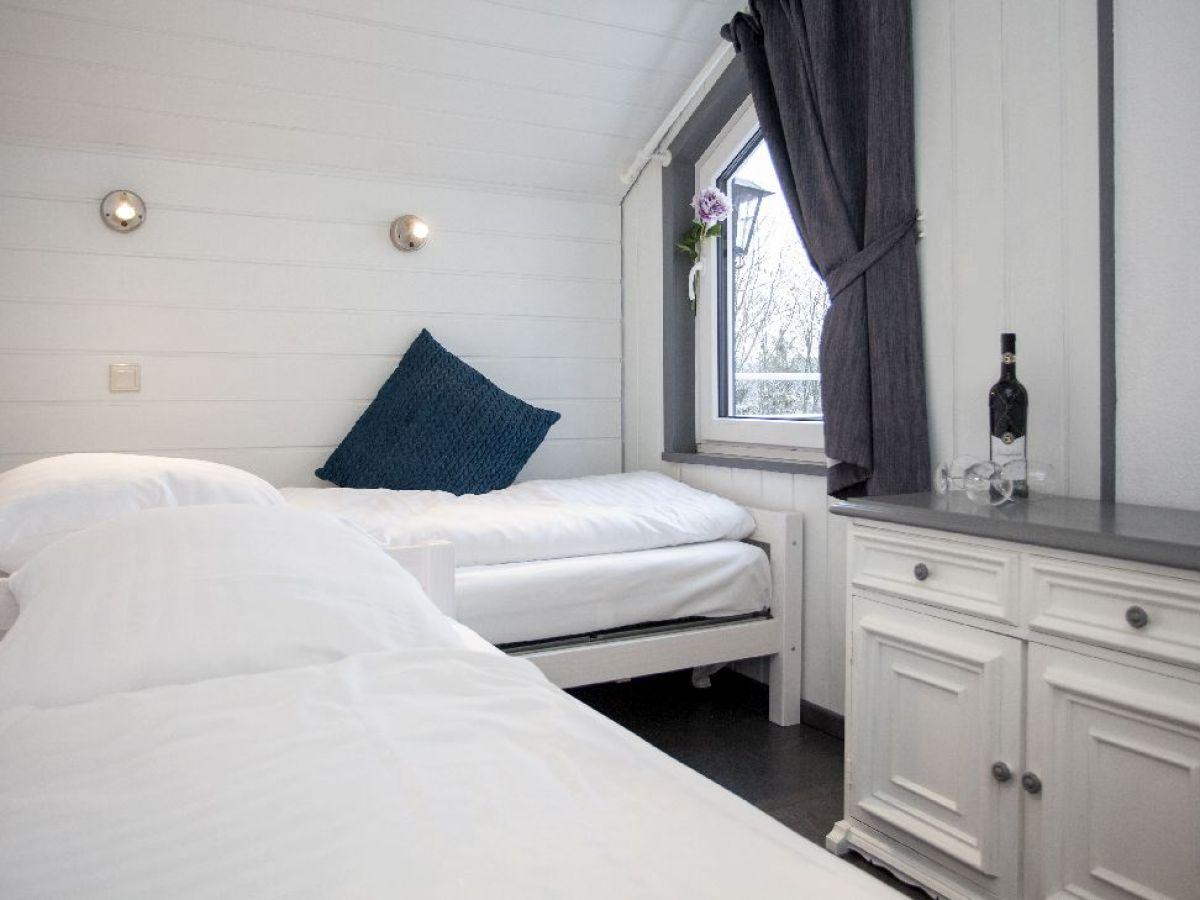 Bödewig Schlafzimmer By Ferienwohnung Am Waltenberg 70 Ba Sauerland  Winterberg ...