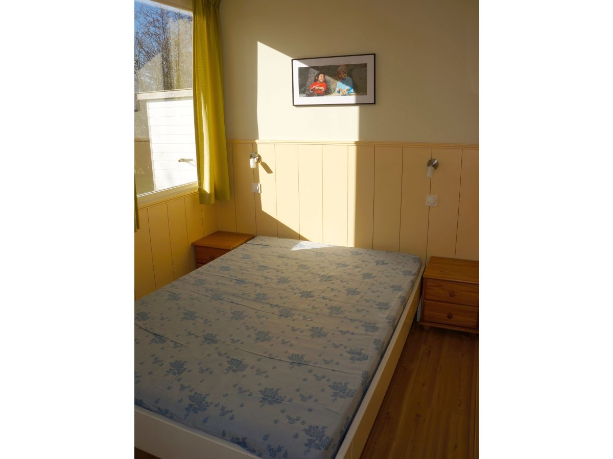 ferienhaus hoeve ruimzicht 2 zeeland renesse firma sorglos urlaub in zeeland frau lara. Black Bedroom Furniture Sets. Home Design Ideas