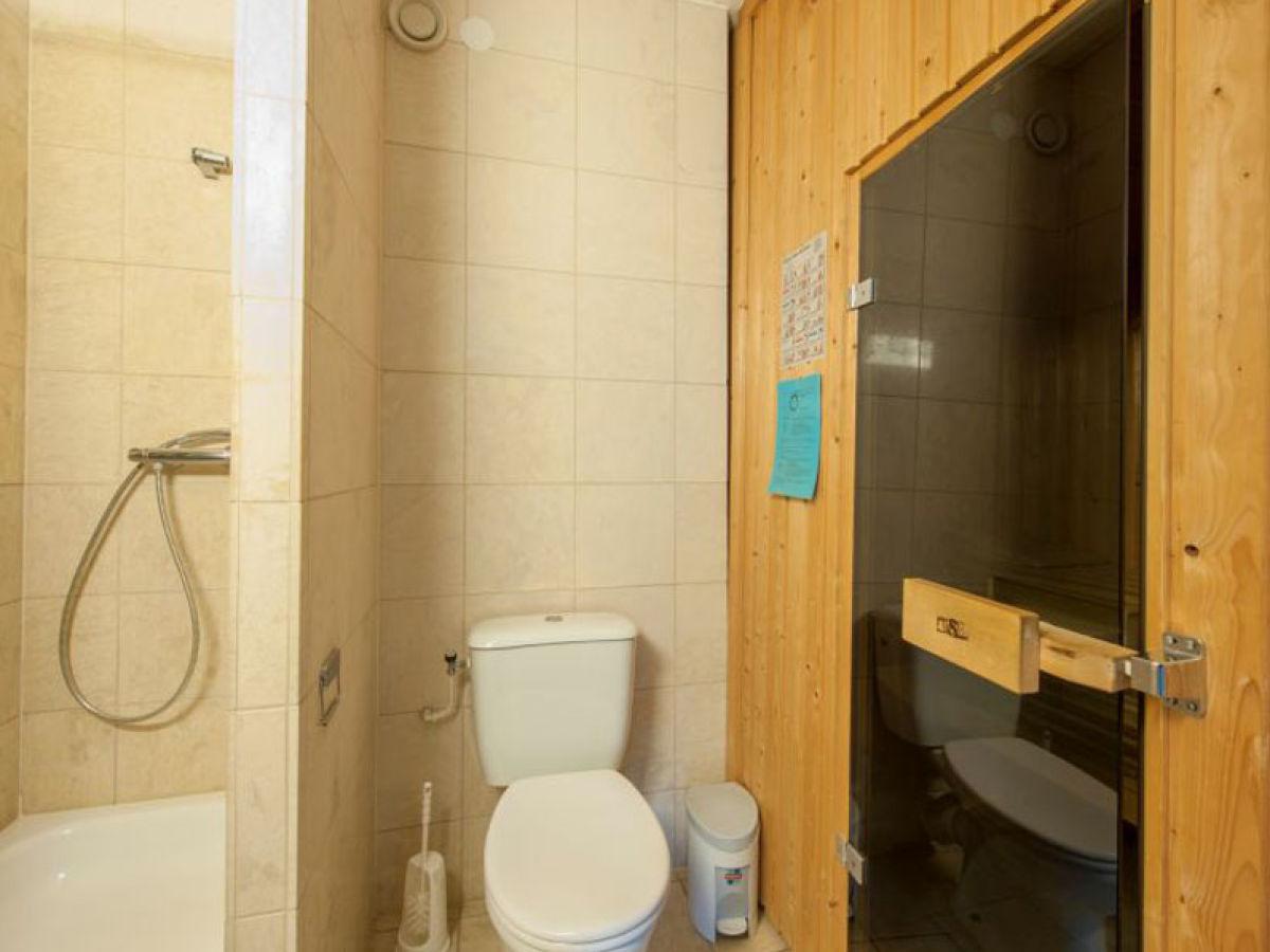ferienhaus de banjaard typ h8 komfort zeeland kamperland herr fredy scharkowski. Black Bedroom Furniture Sets. Home Design Ideas