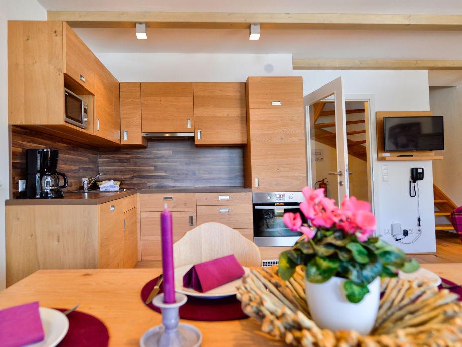 Küche mit Ceranfeld, Microwelle,Backrohr,Geschirrspüler