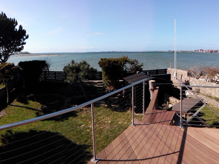 Blick auf die Bucht von Lemkenhafen