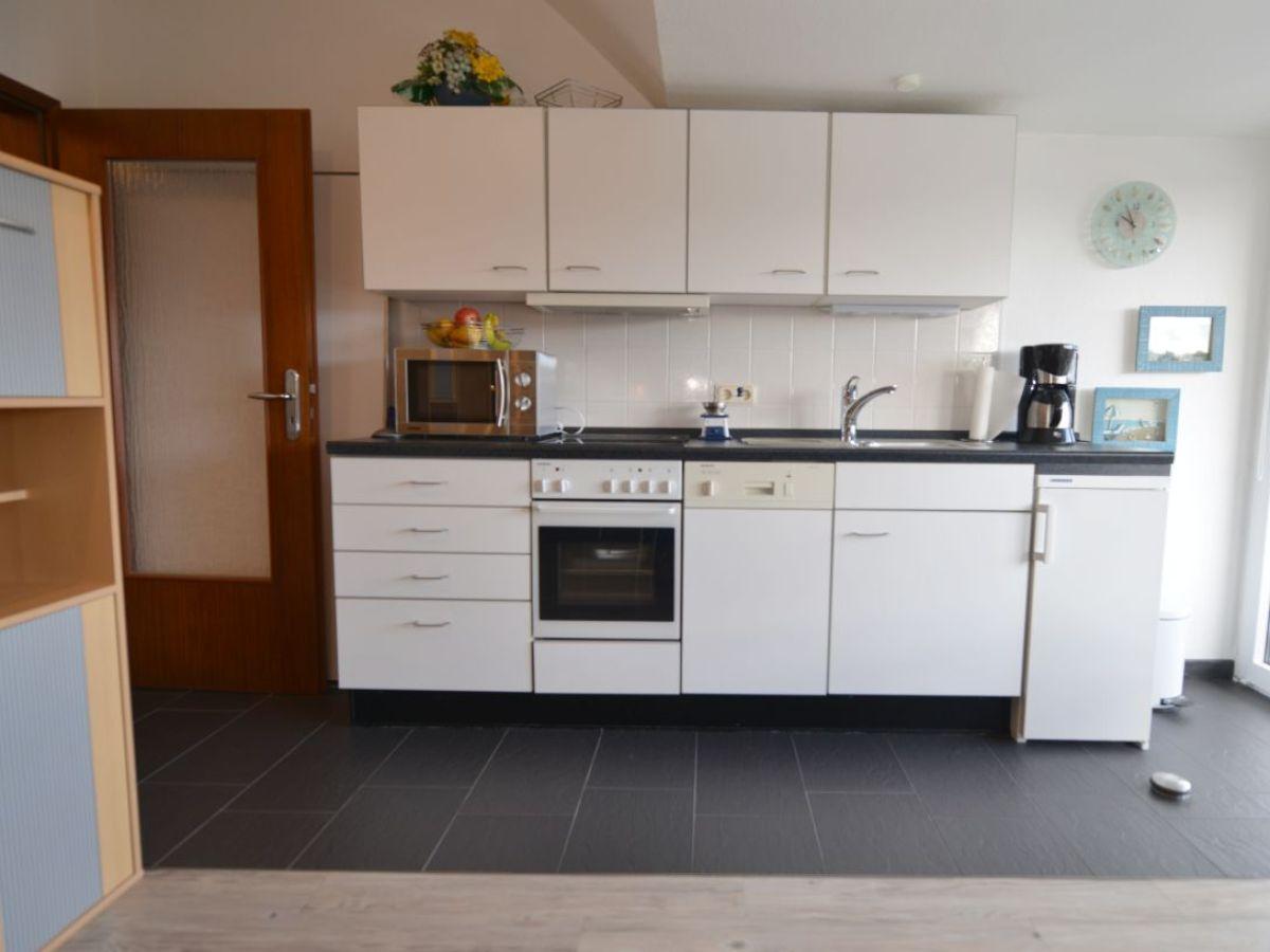 ferienwohnung 14 heidehof cuxhaven sahlenburg firma. Black Bedroom Furniture Sets. Home Design Ideas
