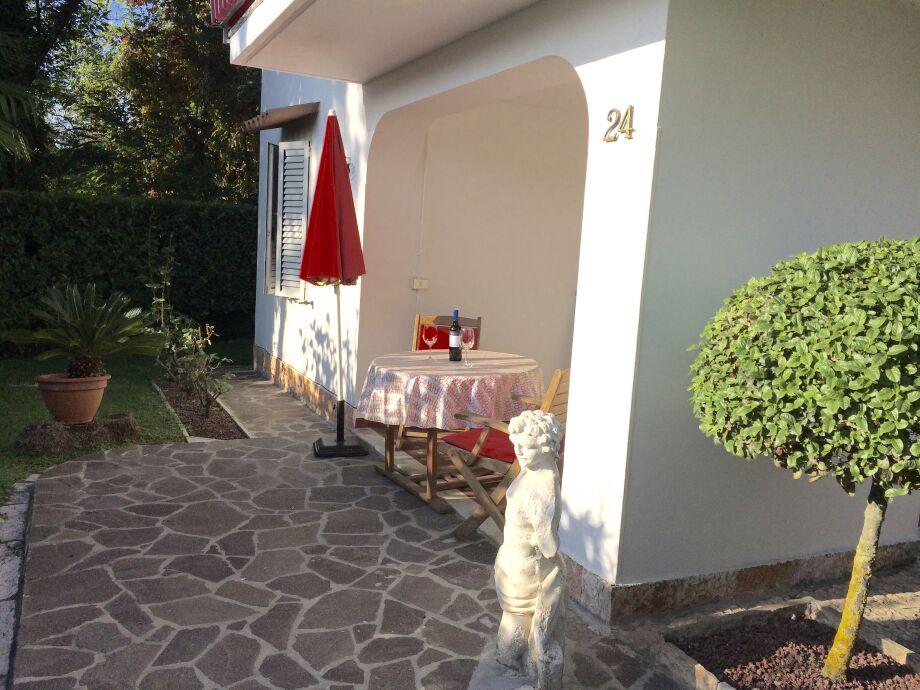 """Terrasse und Eingang """"Giulia für 2"""""""