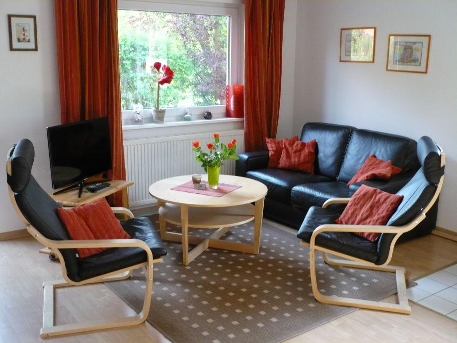 gemütliche Sitzecke mit TV