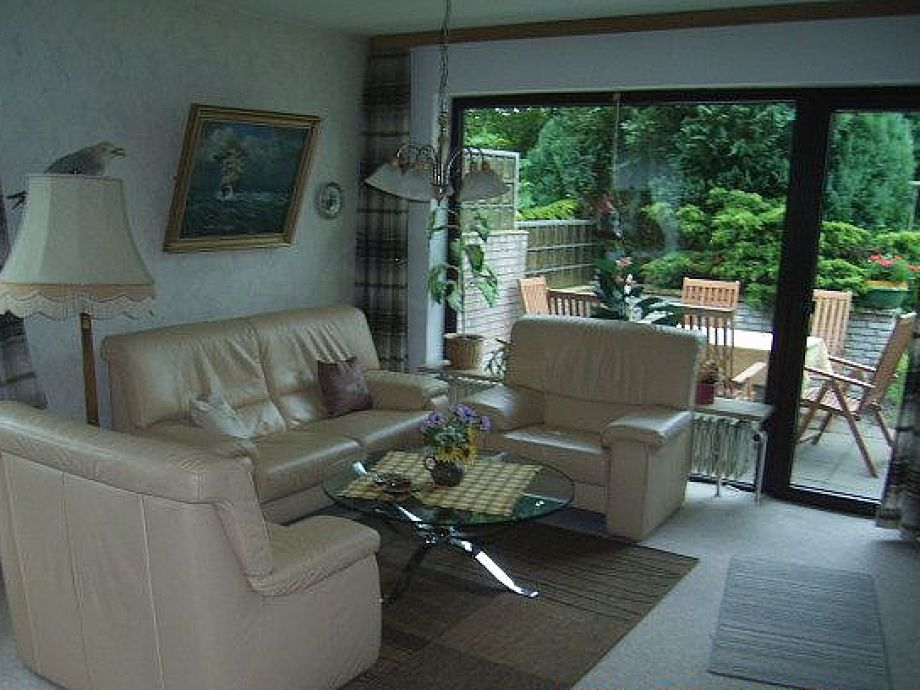 Sitzecke mit angrenzender Terrasse