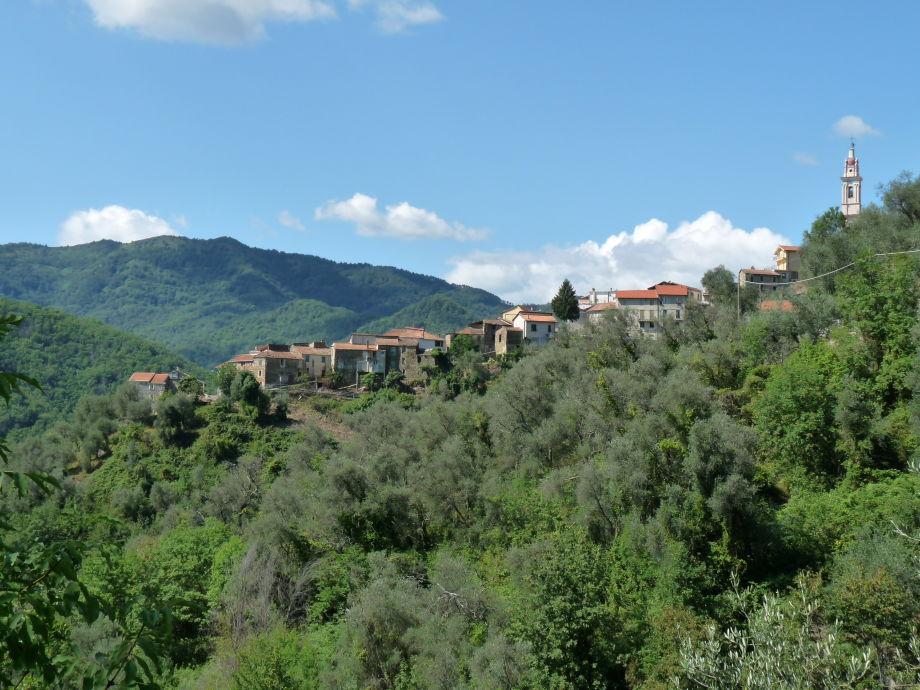 Degna mit der Casa al Vento unten links
