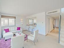 Ferienwohnung Luxuspenthouse mit Meerblick