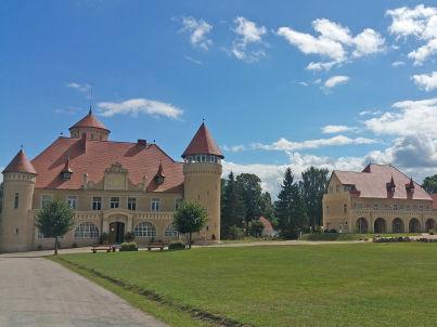 "Nr. 5 ""Kolibri"" in der Remise Schloss Stolpe"