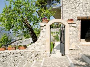 Holiday apartment Il Vicolo