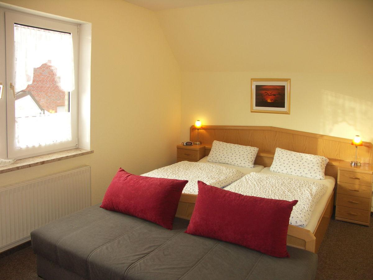 ferienwohnung westwind haus romantik norderney frau. Black Bedroom Furniture Sets. Home Design Ideas