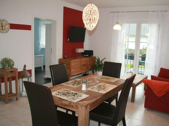 Top-Apartment mit 2 Schlafzimmern, Berlin, Spandau - Firma ...