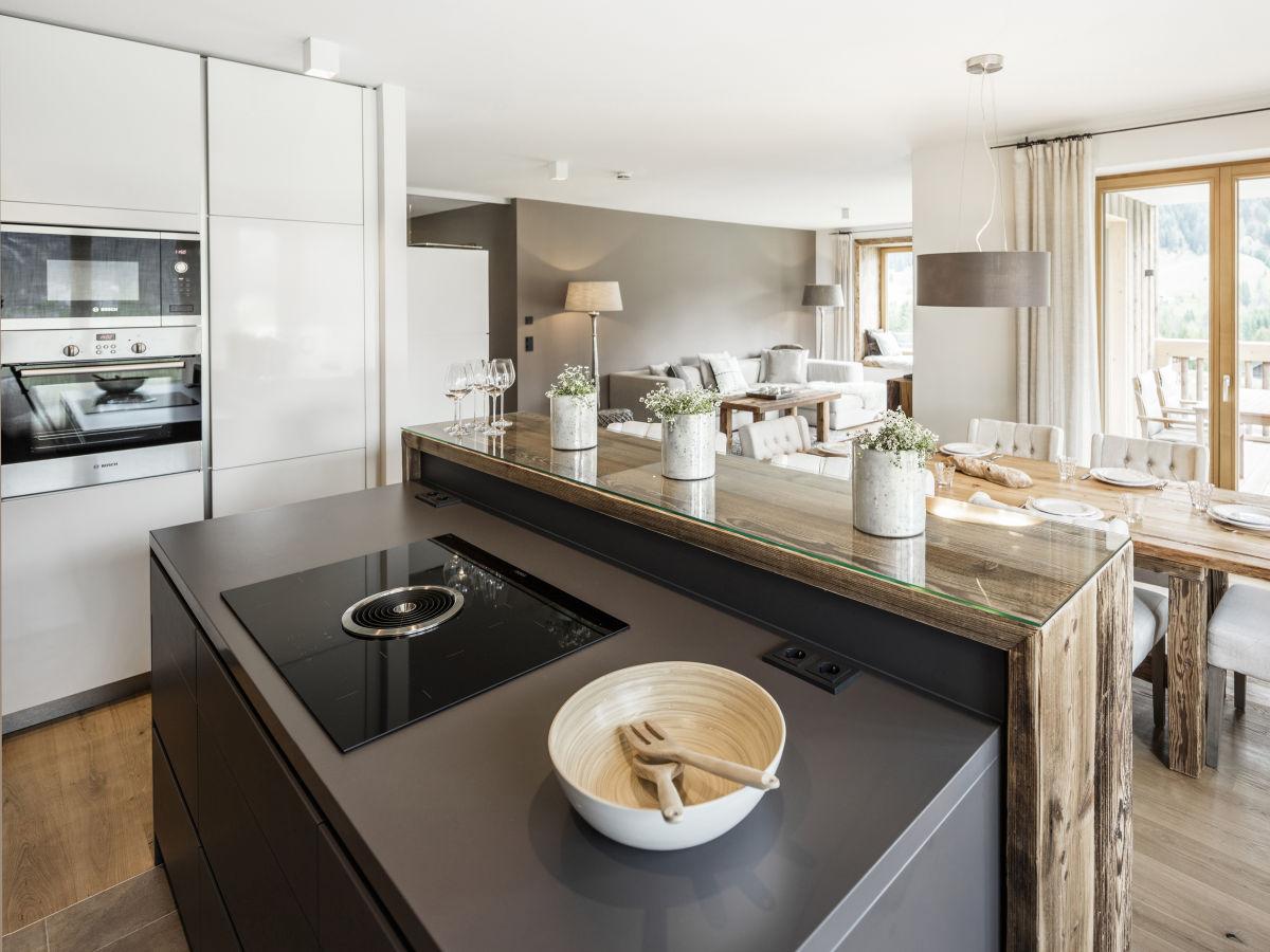 ferienwohnung ahorn chalet mittelberg mittelberg firma ahorn chalet exklusive. Black Bedroom Furniture Sets. Home Design Ideas