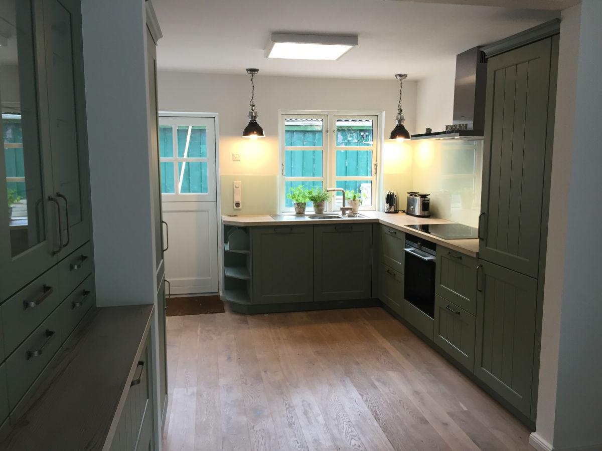 ferienhaus johannisnest halbinsel eiderstedt poppenb ll frau nicole fassold. Black Bedroom Furniture Sets. Home Design Ideas