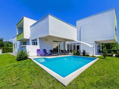 Villa 051