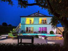 Villa Villa 749