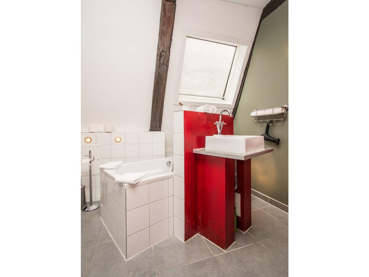 ferienwohnung atelier im altstadthaus ostsee l beck familie j rg kordes. Black Bedroom Furniture Sets. Home Design Ideas