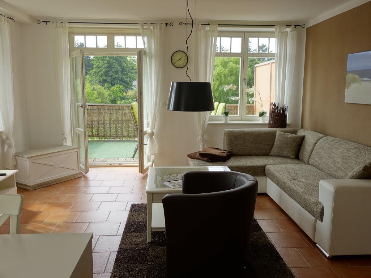 ferienwohnung leuchtfeuer alte tischlerei putbus putbus frau birgit jens. Black Bedroom Furniture Sets. Home Design Ideas