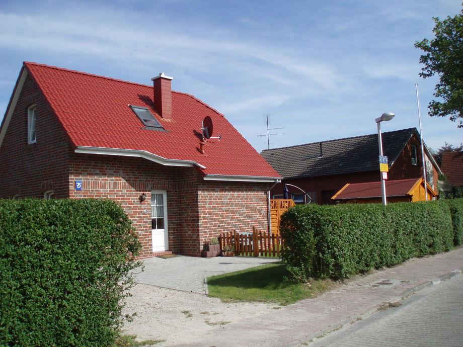 Eingang mit Stellplatz