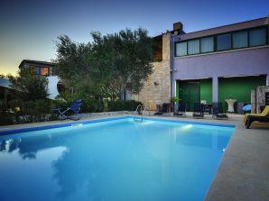 Villa 868