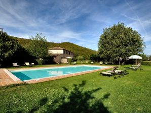 Farmhouse Il Corniolo Country House