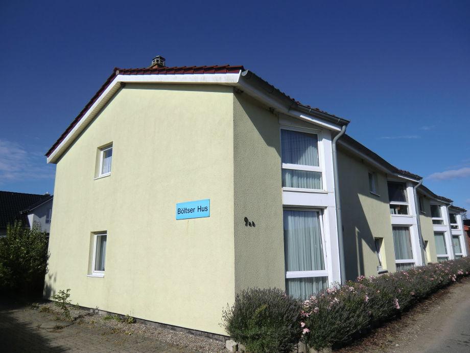 Das Haus von außen (nur 6 Wohnungen insgesamt)