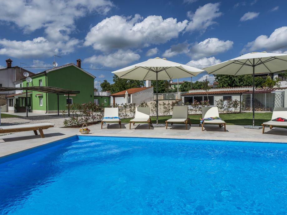 Ferienhaus mit Pool - Deal