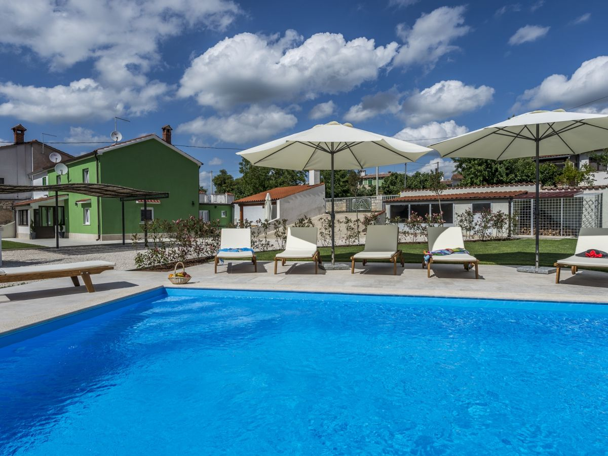 Villa deal istrien firma eurotours porec mr alen babic - Ferienhaus formentera mit pool ...