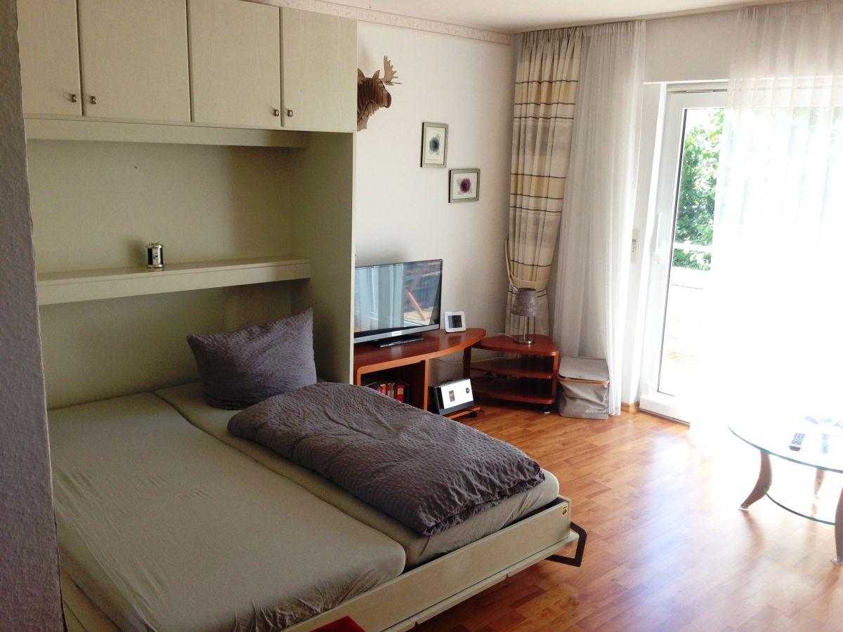 ferienwohnung abendsonne im haus in horn bodensee. Black Bedroom Furniture Sets. Home Design Ideas