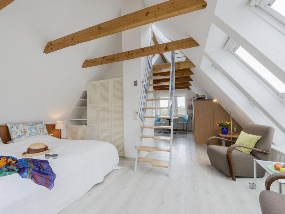 ferienwohnung 3 im haus leichte brise cuxhaven duhnen firma vermietungsb ro r sch herr. Black Bedroom Furniture Sets. Home Design Ideas